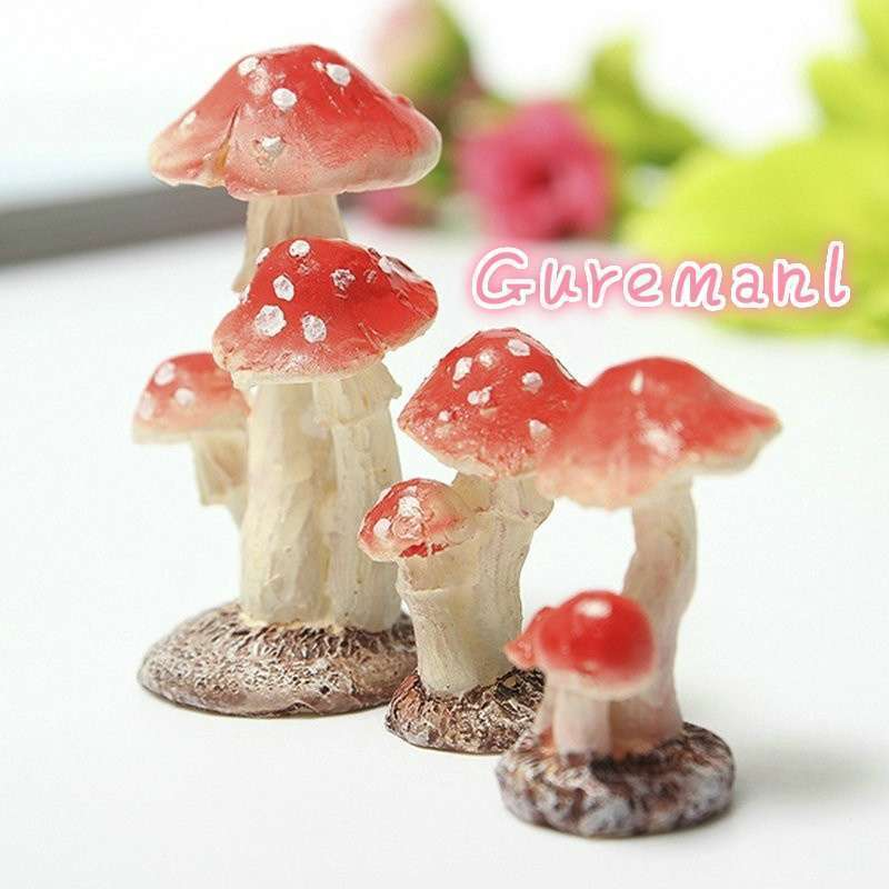 Red Mushroom House Resin Fairy Micro Plant Ornament Decoration Figurine  Miniatures Garden
