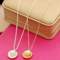 FB2M-Short Pearl Conch Pendant Necklace Female