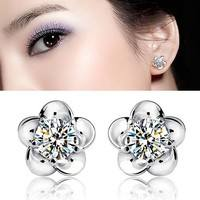 FC0l-Women Pretty Flower Shape Zircon Earrings Lovely Silver Plated Stud Earrings