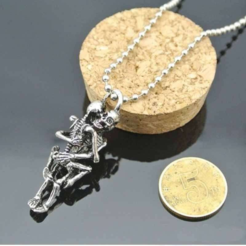Men's Women's Fashion unisex Infinity Love Silver Plated Couple Skulls Hug Chain Pendant Necklace