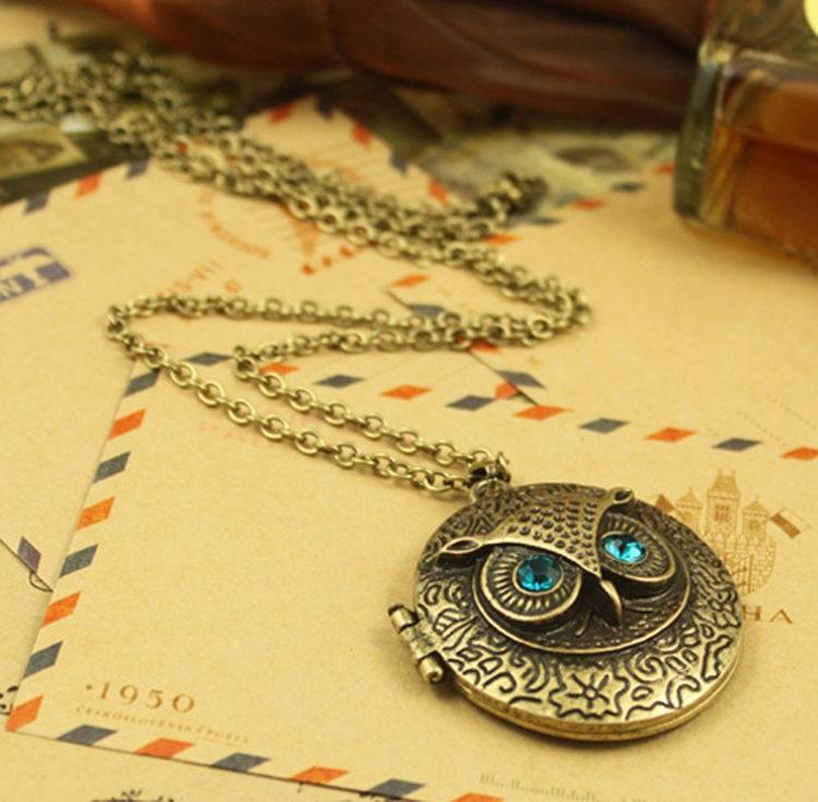 Retro Owl Carving Patterns Can Be Opened Box Long Sweater Chain Necklace-2