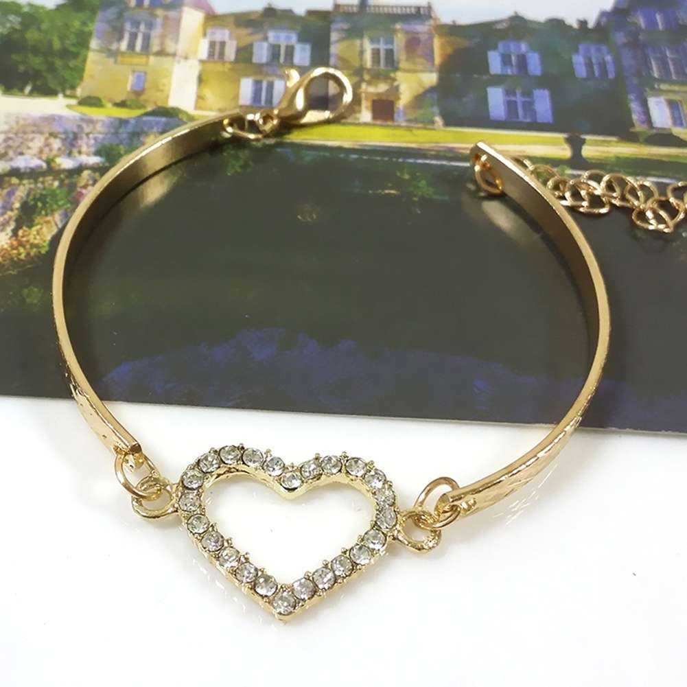 Arrival Fashion Bracelet Hollow Alloy Jewelry Heart shaped Diamond Bracelet-3