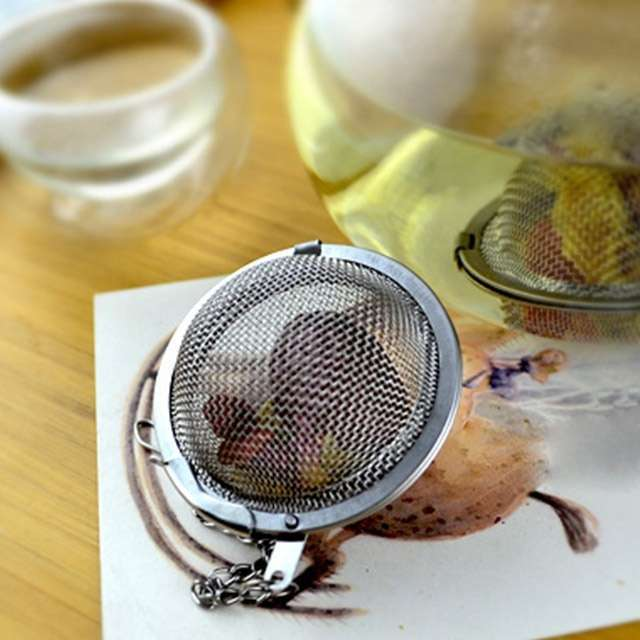 1PC Fashion Round Stailess Steel Tea Spice Strainer Mesh Ball Infuser Herbal Spice Filter Diffuser-1