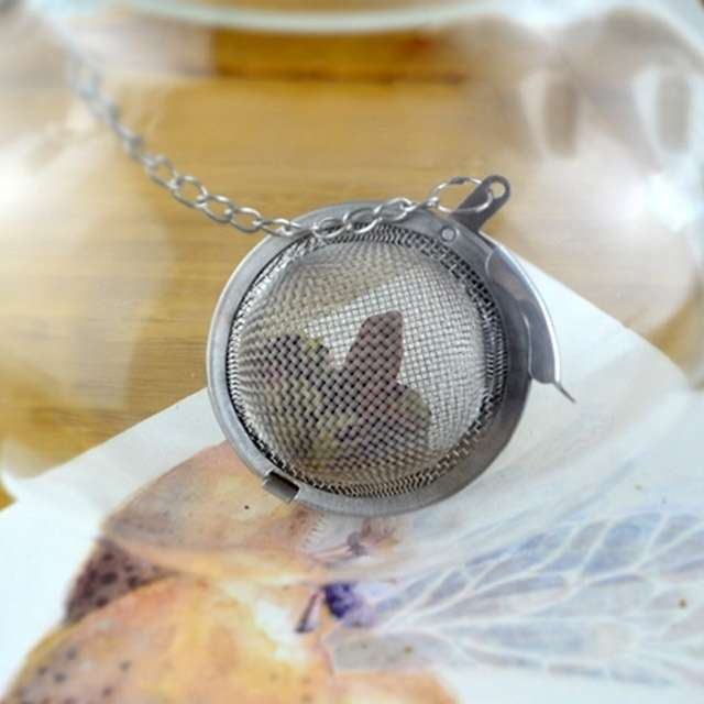 1PC Fashion Round Stailess Steel Tea Spice Strainer Mesh Ball Infuser Herbal Spice Filter Diffuser-3