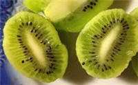 Cosmetics Kiwi seeds essential oil for skin