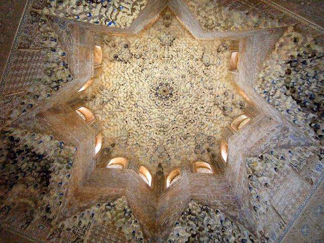 muslim alhambra tours tips and tricks spain