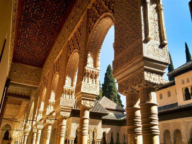 tours alhambra spain muslim tips and tricks