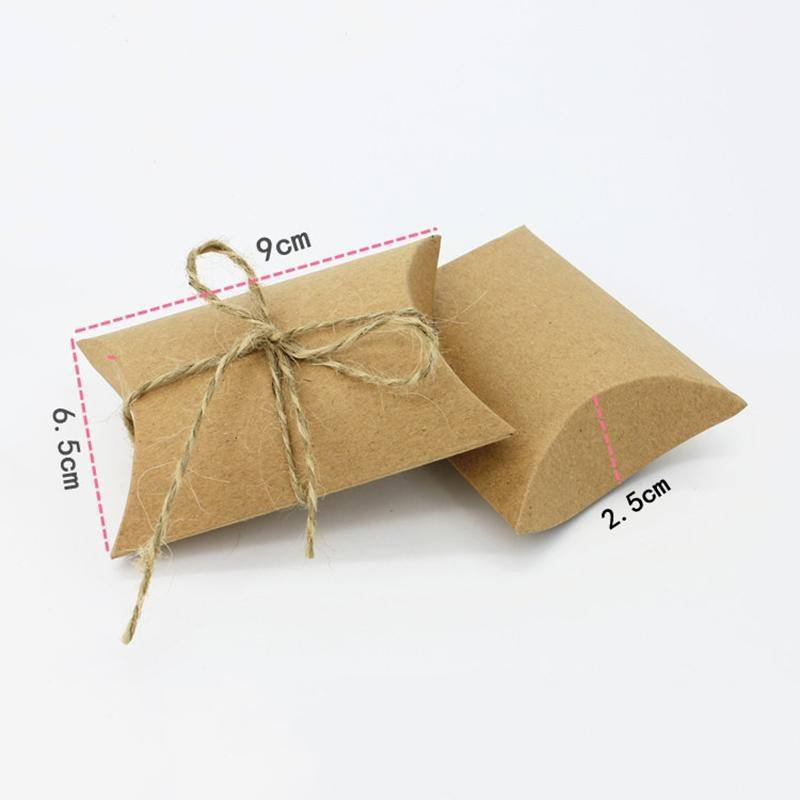 10 Pcs / lot Kraft Pillow Shape Wedding Favor Gift Box Party Candy Gift Bag Case Gifts Mini Cute-2